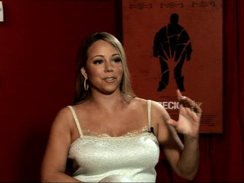 vídeos de stock, filmes e b-roll de mariah carey on relating to the intense themes within the film at the cannes film festival 2009 precious interviews at cannes - mariah carey