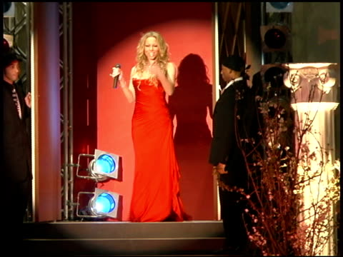 mariah carey performs 'it's like this' at the mariah carey promotion of her new album 'the emancipation of mimi' at rappongi hills arena in tokyo on... - mariah carey stock-videos und b-roll-filmmaterial