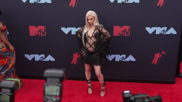 mariahlynn at 2019 mtv video music awards at prudential center on august 26 2019 in newark new jersey - mtv video music awards stock videos & royalty-free footage
