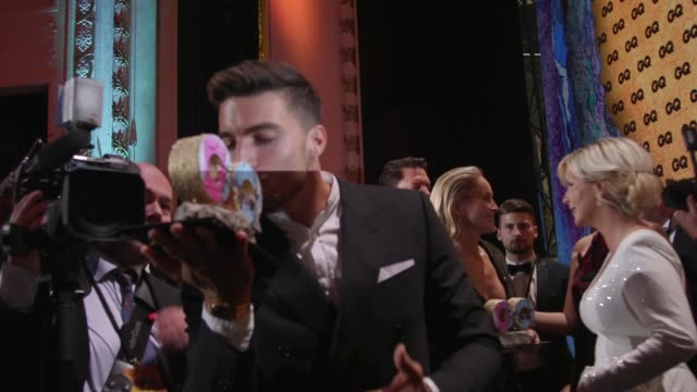 vidéos et rushes de mariano di vaio at gq men of the year award at komische oper on november 7, 2019 in berlin, germany. - cérémonie