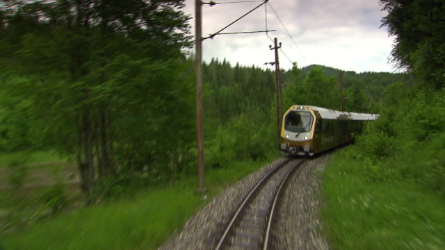 mariazellerbahn - alpine train on the tracks in lower austria - オーストリア点の映像素材/bロール