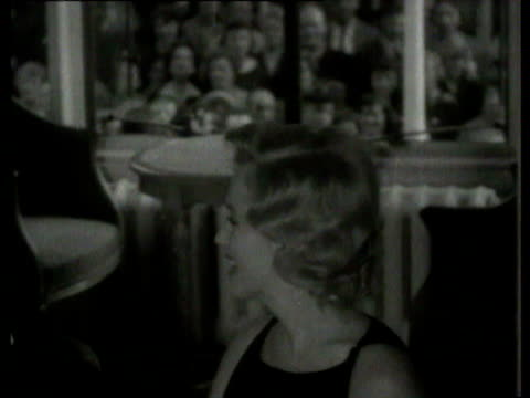 marilyn monroe at press conference at the savoy hotel / laurence olivier/ laurence olivier marilyn monroe at press conference at savoy hotel on july... - black dress stock videos & royalty-free footage