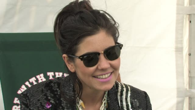 marina and the diamonds on playing festivals and how you learn so much from them at the marina and the diamonds interview - ben and jerry's sundae on... - サンデー点の映像素材/bロール