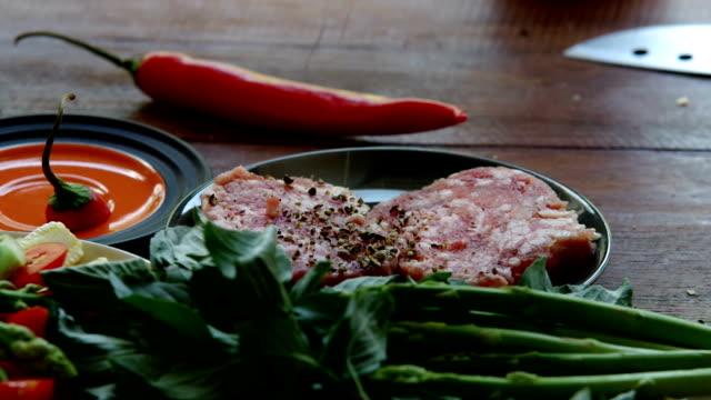Marinate Minced Pork To Make a Steak