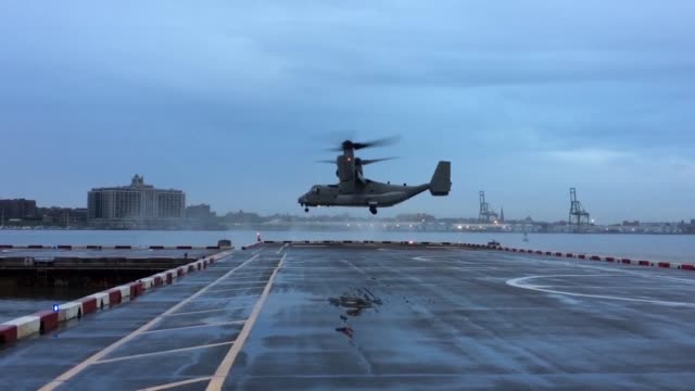 a us marine corps mv22 osprey takes off from the downtown manhattan heliport heading for uss kearsarge in support of fleet week new york - osprey stock videos & royalty-free footage