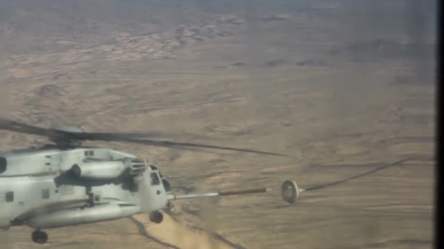 US Marine Corps students attending Weapons and Tactics Instructor Course 115 participate in Final Exercise 3 utilizing the CH53E Super Stallion...