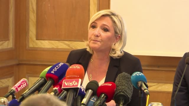 ITA: Marine Le Pen gives press conference before campaign meeting