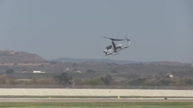 marine light attack helicopter training squadron 303 marine aircraft group 39 3rd marine aircraft wing said farewell to their last ah1w super cobra... - attack helicopter stock videos and b-roll footage
