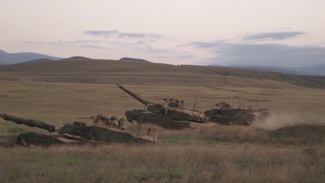 marines conduct a mechanized range rehearsal during agile spirit 19 in orpholo, georgia, 1 august 2019. - 酋長点の映像素材/bロール