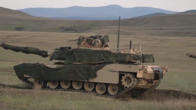 us marines conduct a mechanized range rehearsal during agile spirit 19 in orpholo georgia 1 august 2019 - heckklappe teil eines fahrzeugs stock-videos und b-roll-filmmaterial