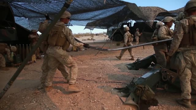 marines conduct targeting and indirect fires with m777 howitzers during exercise summer fury at marine corps air station, yuma, california, 15 july... - gunpowder explosive material stock videos & royalty-free footage