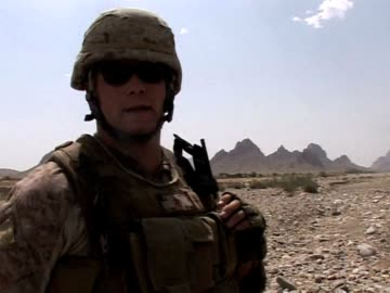 vídeos de stock e filmes b-roll de marines driving along the bhuji bhast pass in remote southwest afghanistan dodge improvised explosive devices at every turn in what is effectively a... - corpo de fuzileiros da marinha americana