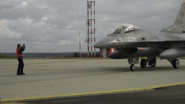 marines from the 231st marine attack squadron came to the 180th fighter wing for coldweather training and to conduct airtoair combat training... - mcdonnell douglas f 15 eagle stock videos & royalty-free footage