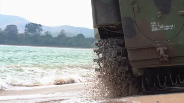 marines return to amphibious transport dock uss green bay from the coast of thailand during exercise cobra gold. - amphibious vehicle stock videos & royalty-free footage
