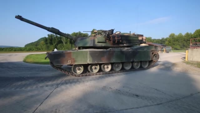 vidéos et rushes de marines with 1st 2nd and 4th tank battalions took part in the 15th annual tiger competition between august 24 and 28 2018 at fort knox kentucky the... - char véhicule blindé