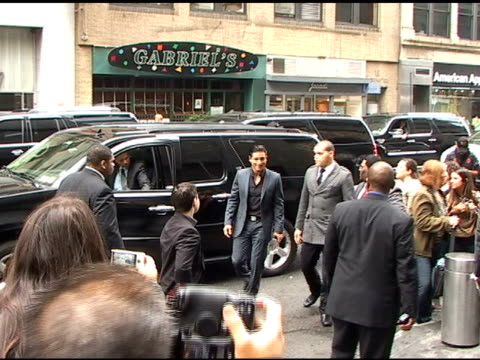 Mario Lopez gives his approval as he arrives at the CW Upfronts in New York 05/19/11