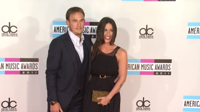 mario 'souleye' treadway, alanis morissette at the 2011 american music awards - arrivals at los angeles ca. - alanis morissette stock videos & royalty-free footage