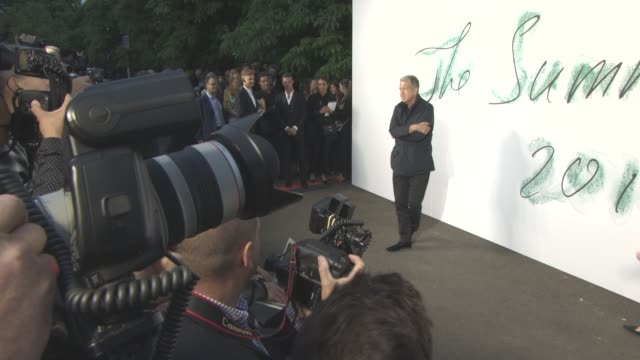 mario testino at the serpentine gallery summer party at the serpentine gallery on june 28 2017 in london england - the serpentine gallery stock videos & royalty-free footage
