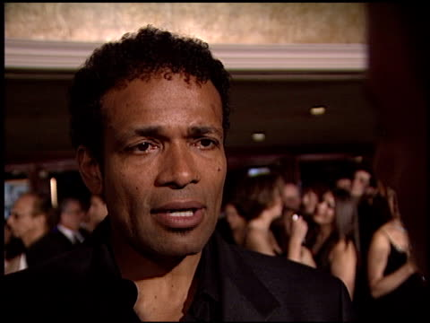 vídeos de stock, filmes e b-roll de mario van peebles at the dga director's guild of america awards at the century plaza hotel in century city california on march 2 2003 - director's guild of america