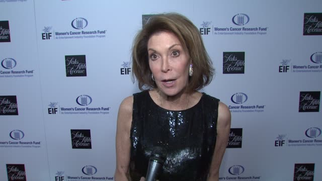 marion laurie on what this evening means for eif's women's cancer research fund gwyneth paltrow courteney coxarquette's dedication to the cause the... - gwyneth paltrow stock videos and b-roll footage