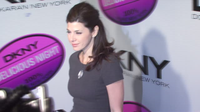 marisa tomei at the dkny delicious night fragrance launch party at 711 greenwich street in new york new york on november 7 2007 - marisa tomei stock videos & royalty-free footage