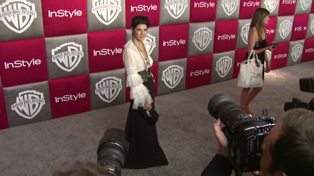 marisa tomei at the in style and warner bros. studios 10th annual golden globes after-part at los angeles ca. - marisa tomei stock videos & royalty-free footage