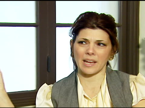 marisa tomei at the vday and glamour honor women in conflict zones working for peace on february 21 2007 - marisa tomei stock videos & royalty-free footage