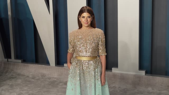 vídeos de stock e filmes b-roll de marisa tomei at vanity fair oscar party at wallis annenberg center for the performing arts on february 09, 2020 in beverly hills, california. - vanity fair oscar party