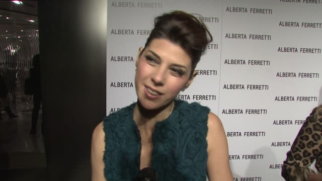 marisa tomei on wearing alberta ferretti, hosting the event, her personal style, her new film 'the wrestler' at the alberta ferretti celebrates first... - marisa tomei stock videos & royalty-free footage