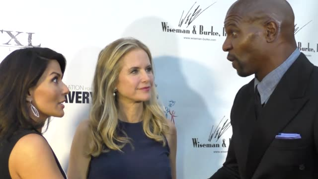 marisol nichols, kelly preston & terry crews at the marisol nichols presents the human rights hero awards at beso restaurant in hollywood at... - terry nichols stock videos & royalty-free footage
