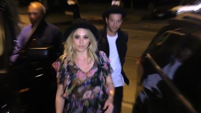 vidéos et rushes de mark ballas & britney jean carlson at craigs in west hollywood in celebrity sightings in los angeles, - image saisie sur le vif