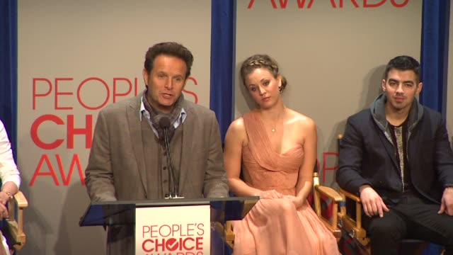mark burnett at the people's choice awards 2012 nominations press conference - people's choice awards stock videos & royalty-free footage