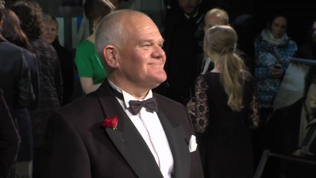 mark hadlow at 'the hobbit' uk premiere and royal film performance at odeon leicester square on december 12, 2012 in london, england. - the hobbit stock videos & royalty-free footage