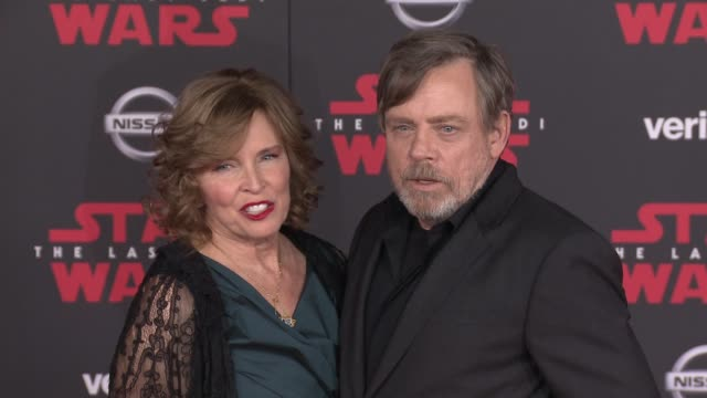 mark hamill at the star wars the last jedi premiere at the shrine auditorium on december 9 2017 in los angeles california - premiere stock-videos und b-roll-filmmaterial