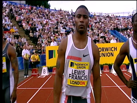 mark lewis francis applauds crowd before race men's 100m heat 1 2004 crystal palace athletics grand prix london - qualification round stock videos & royalty-free footage