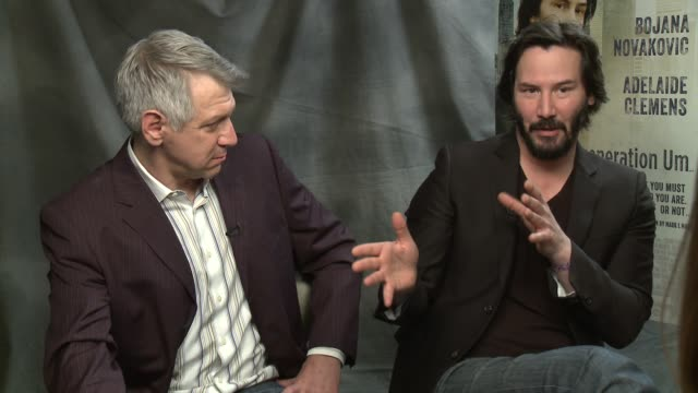 mark mann & keanu reeves on his relationship with the girls in the movie at 'generation um' los angeles press junket interview - mark mann & keanu... - keanu reeves stock videos & royalty-free footage