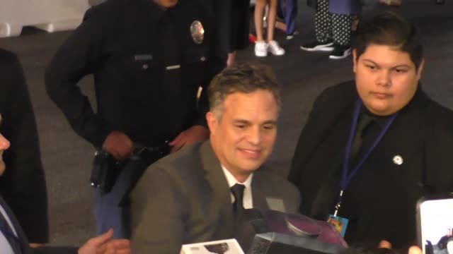 mark ruffalo arriving at the thor premiere at el capitan theatre in hollywood on october 10 2017 at celebrity sightings in los angeles - mark ruffalo stock videos and b-roll footage