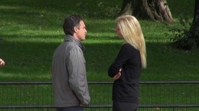 mark ruffalo gwyneth paltrow on the movie set of thanks for sharing in new york on - mark ruffalo stock videos and b-roll footage