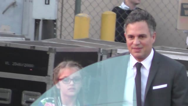 mark ruffalo outside jimmy kimmel live in hollywood on october 10 2017 at celebrity sightings in los angeles - mark ruffalo stock videos and b-roll footage