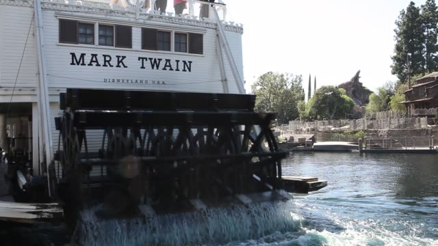mark twain riverboat at the entertainment resort disneyland in anaheim california in the united states operated by the walt disney company - anaheim california stock videos & royalty-free footage