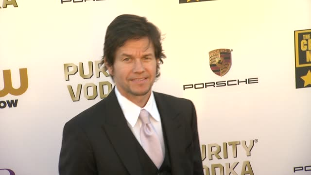 mark wahlberg at 19th annual critics' choice movie awards - arrivals at the barker hanger on in santa monica, california. - critics' choice movie awards stock videos & royalty-free footage
