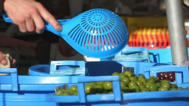 market with olives - italia video stock e b–roll