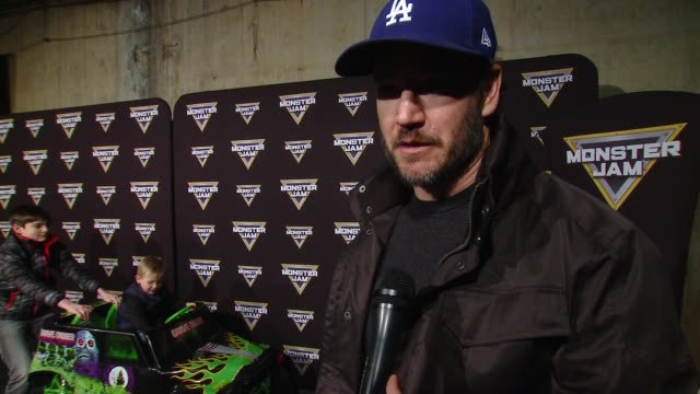 vídeos y material grabado en eventos de stock de interview markpaul gosselaar at monster jam celebrity event at angel stadium on february 24 2018 in anaheim california - angel stadium