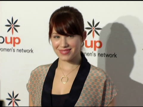 stockvideo's en b-roll-footage met marla sokoloff at the step up women's network inspiration awards luncheon at the beverly hilton in beverly hills california on april 22 2005 - women's image network awards