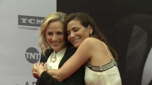 marlee matlin and constance marie at the afi life achievement awards a tribute to john williams at dolby theatre on june 09 2016 in hollywood... - marlee matlin video stock e b–roll