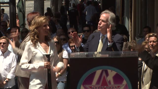 Marlee Matlin and Henry Winkler at the Marlee Matlin Honored With A Star On The Hollywood Walk Of Fame at Hollywood CA