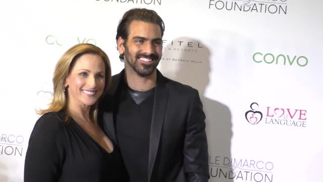 marlee matlin nyle dimarco at the nyle dimarco foundation kicks off love and language campaign on november 29 2016 in los angeles california - marlee matlin video stock e b–roll