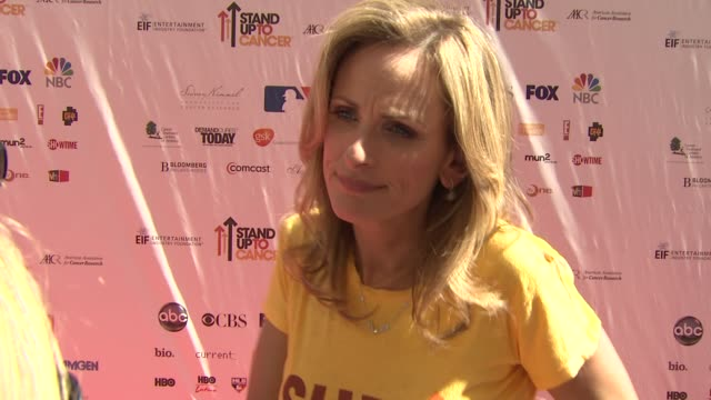 marlee matlin on why she wanted to be involved what the initiative means to her personally at the stand up to cancer at los angeles ca - marlee matlin video stock e b–roll