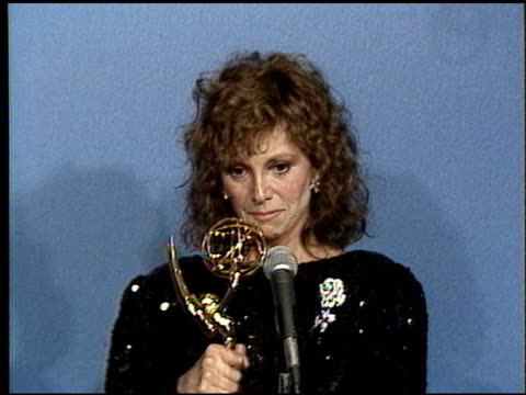 Marlo Thomas at the 1986 Emmy Awards on September 21 1986