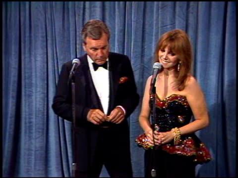 Marlo Thomas at the 1989 Emmy Awards Backstage at the Pasadena Civic Auditorium in Pasadena California on September 17 1989